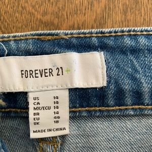 Forever 21 Kick Crop jeans size 14